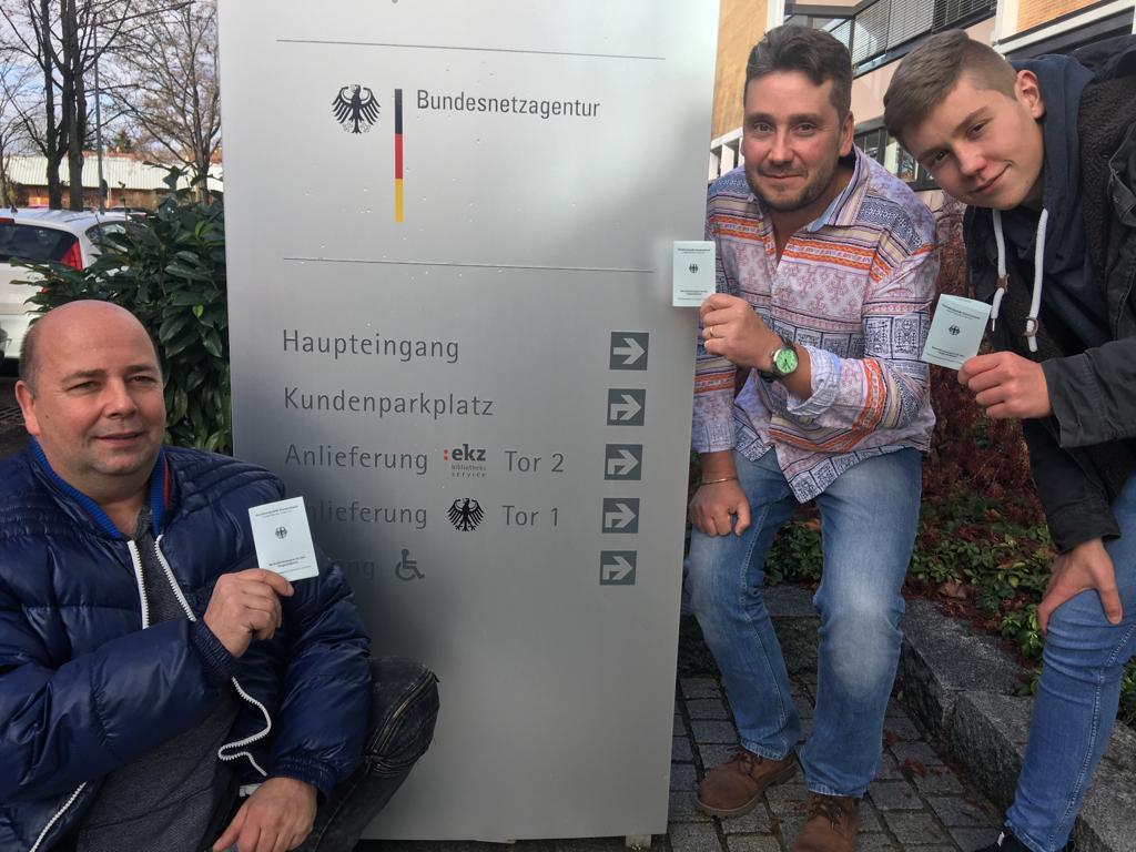 Nach bestandender BZF II Prüfung. Roland, Ronny und Vincent (v.l.n.r.)
